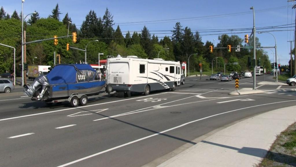 RV on Pat Bay Highway