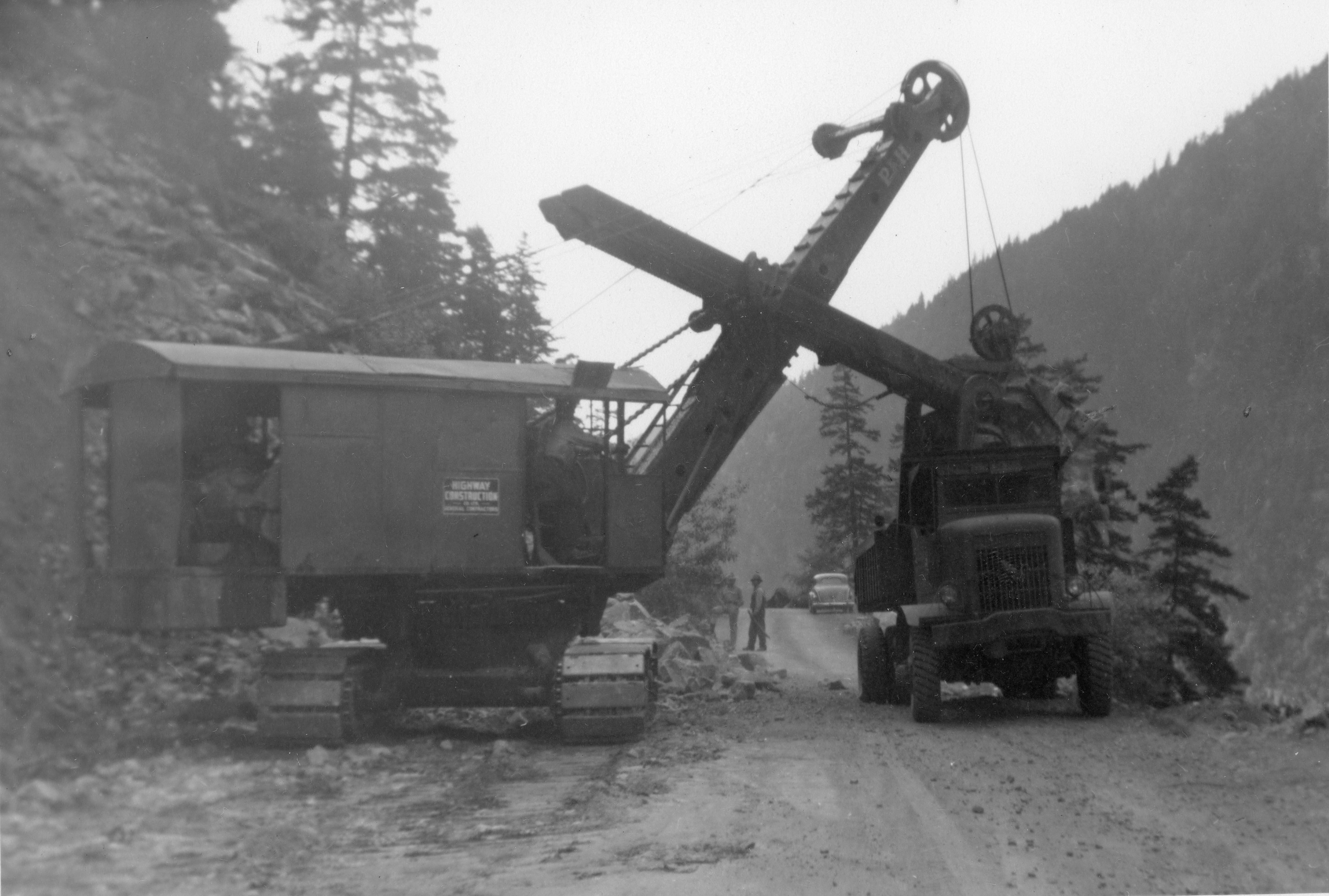Fraser Canyon Construction machines